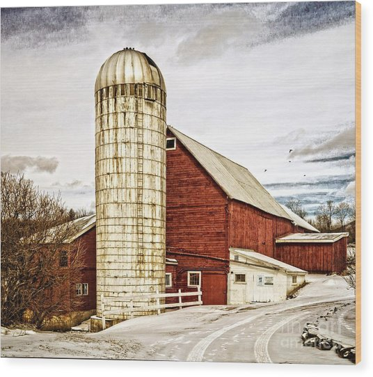 Red Barn And Silo Vermont Wood Print