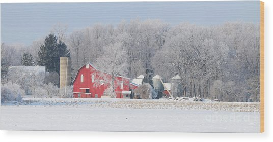 Red Barn Frosty Morning Panorama1 Wood Print