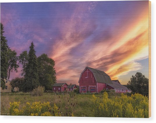 Red Barn Sunset 2 Wood Print