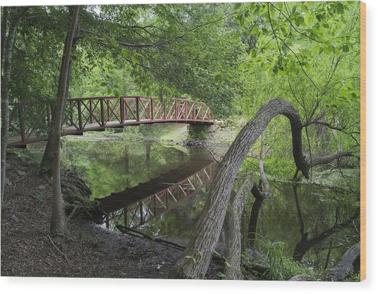 Red Bridge Over Peaceful Water Wood Print