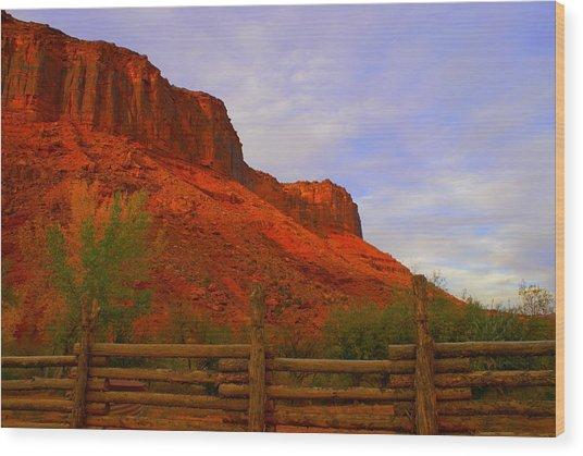 Red Cliffs Near Moab Ut Wood Print