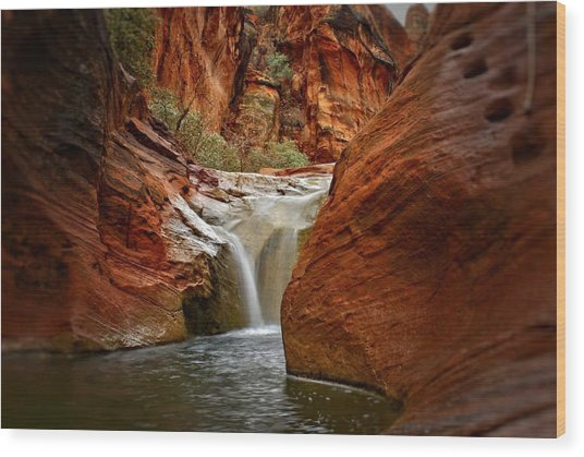 Red Cliffs Waterfall Wood Print