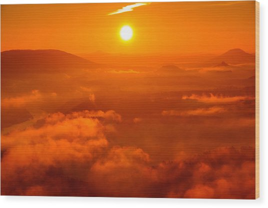 Red Dawn On The Lilienstein Wood Print