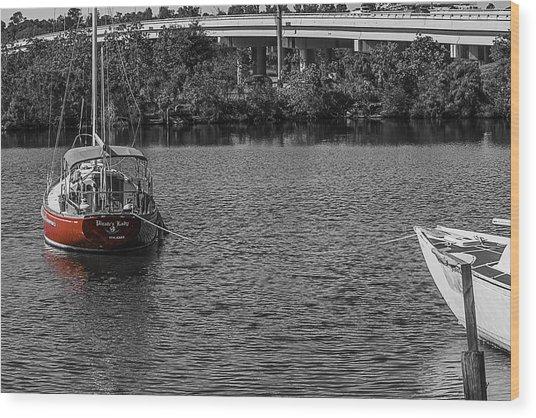 Red E 2 Sail Wood Print