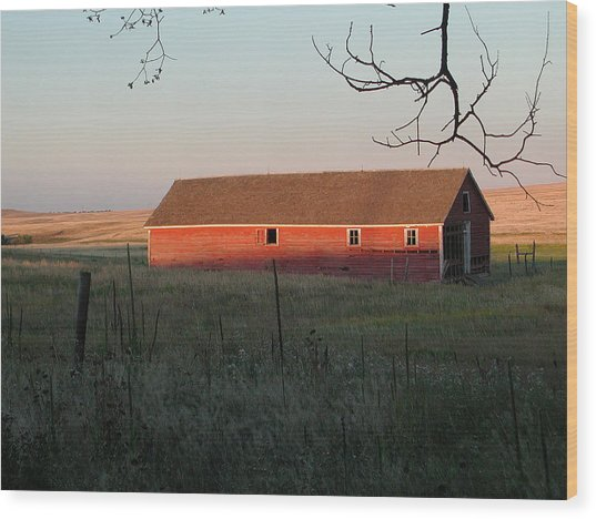 Red Granary Barn Wood Print