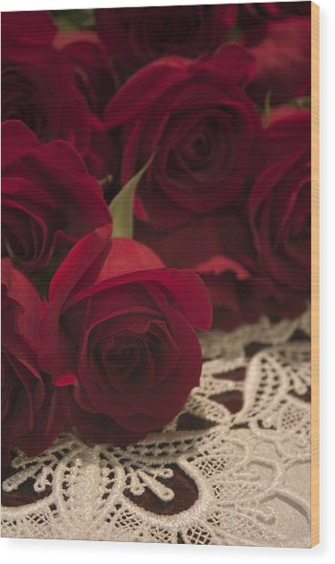Red Roses Bouquet Wood Print