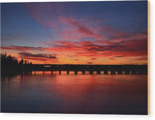Red Shine Sunset Wood Print