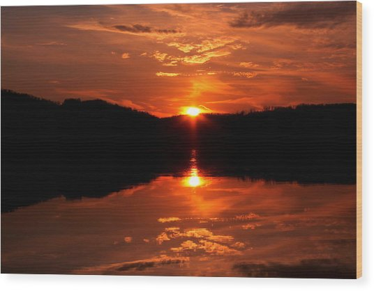 Red Sunset Wood Print by Jose Lopez