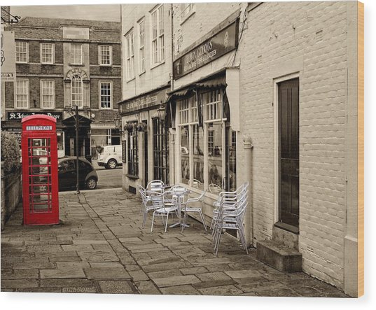 Wood Print featuring the digital art Red Telephone Box by Paul Gulliver