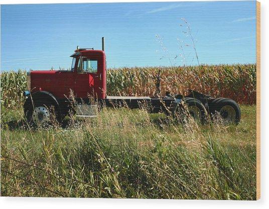 Red Truck In A Corn Field Wood Print