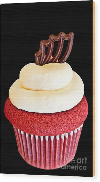 Red Velvet Cupcake On Black Wood Print