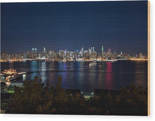 Reflections Of Midtown Manhattan Wood Print