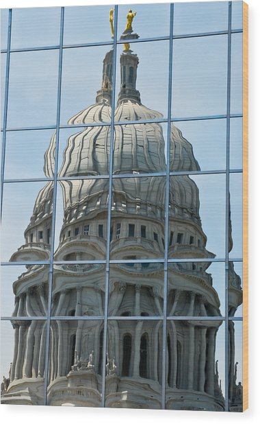 Reflections Of The Capitol Wood Print