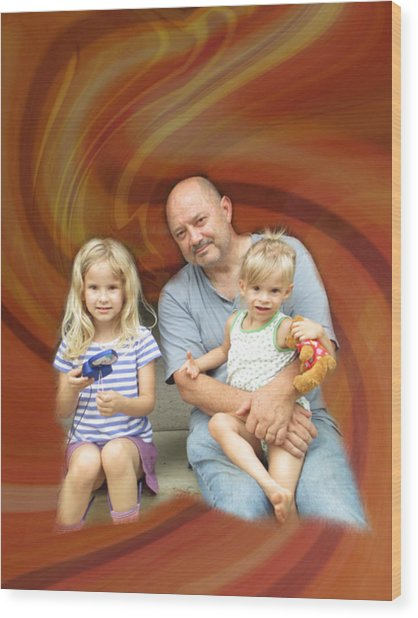 Relaxing With The Grandchildren Wood Print