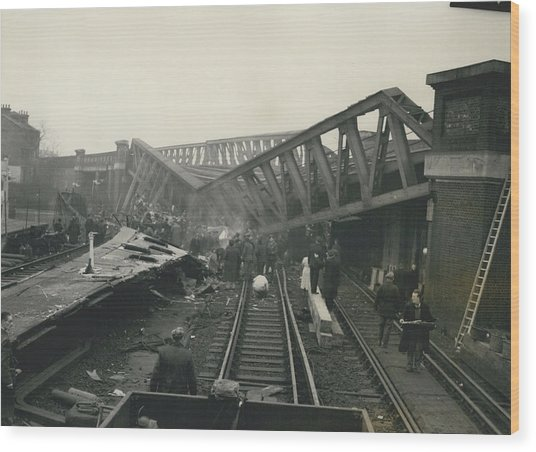 Rescue Work Goes On In The Lewisham Rail Crash Engineers Wood Print by Retro Images Archive