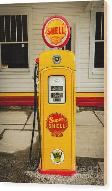 Restored Shell Pump On Route 66 Wood Print
