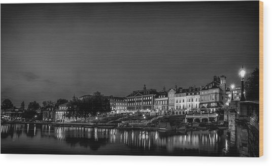 Richmond Landscape Bw Wood Print by Leigh Cousins