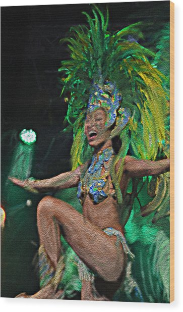 Rio Dancer I A Wood Print
