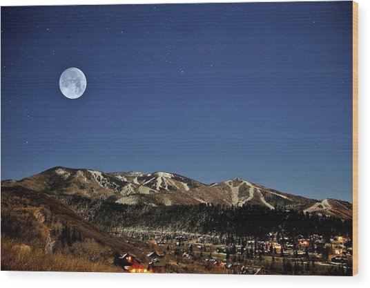 Rising Moon Wood Print