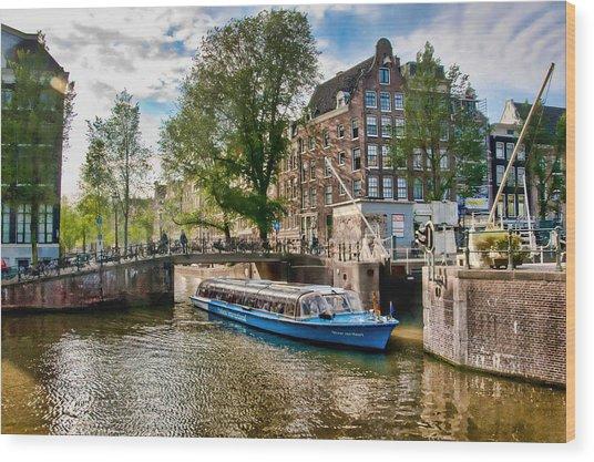 River Cruise Wood Print