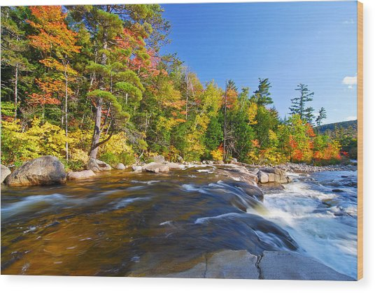 River View N.h. Wood Print