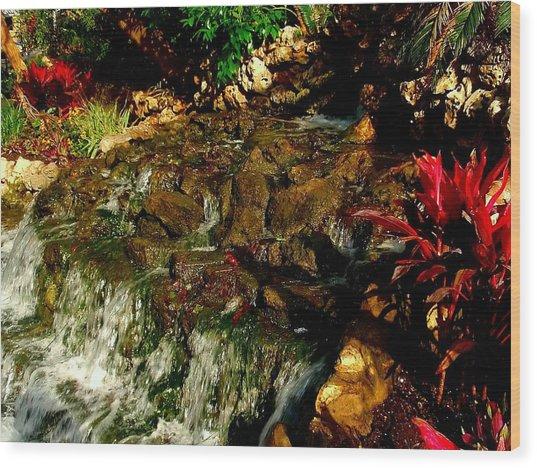 Riverwalk Fountain Wood Print