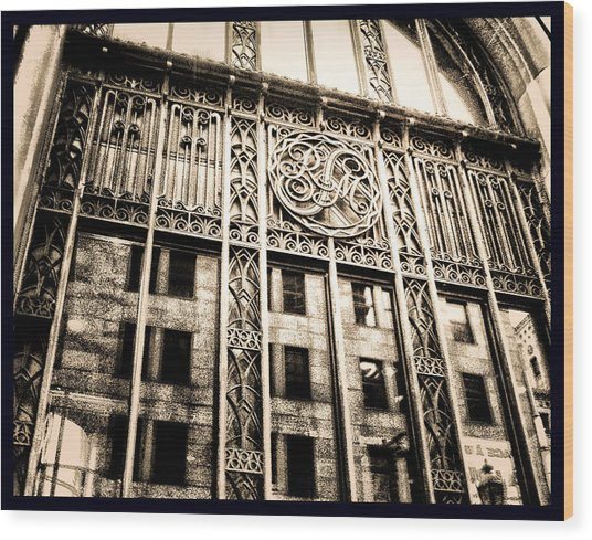Wood Print featuring the photograph Rm Montreal by Shawn Dall
