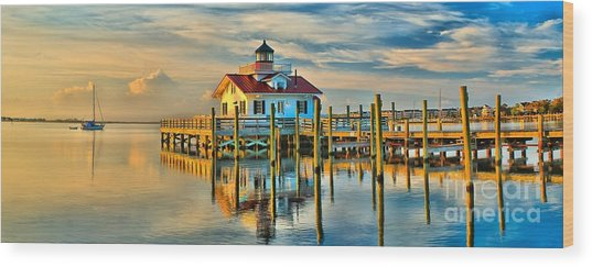 Roanoke Marsh Lighthouse Dawn Wood Print