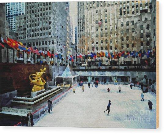 Rockefeller Center Ice Skaters Nyc Wood Print