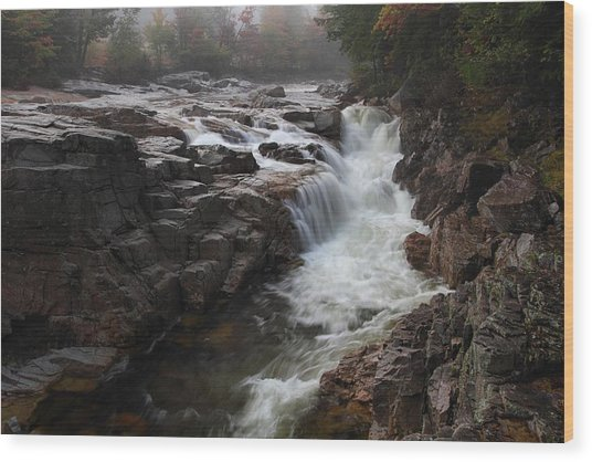 Rocky Gorge Wood Print