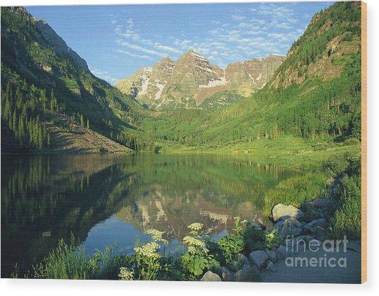 Rocky Mtn Lake Sunrise Wood Print