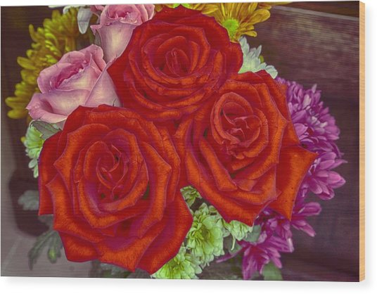 Roses Are Red Wood Print by Mario Legaspi