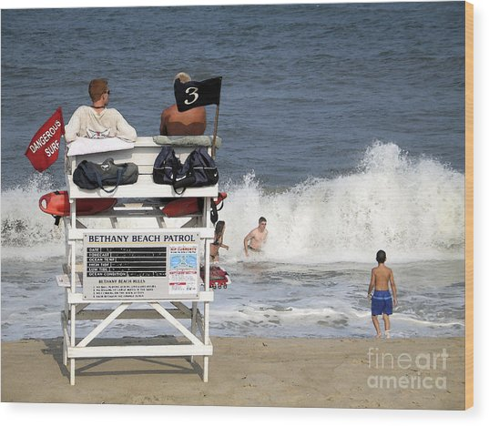 Rough Water At Bethany Beach In Delaware  Wood Print