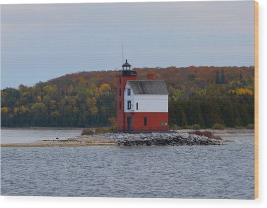 Round Island Lighthouse In Autumn Wood Print