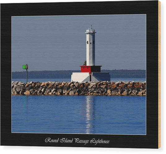 Round Island Passage Lighthouse Wood Print