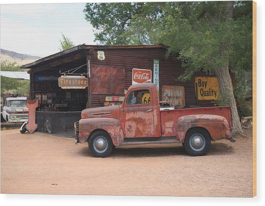 Route 66 Garage And Pickup Wood Print