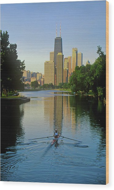 Rower On Chicago River With Skyline Wood Print