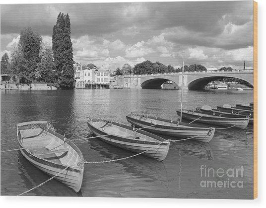 Rowing Boats Wood Print