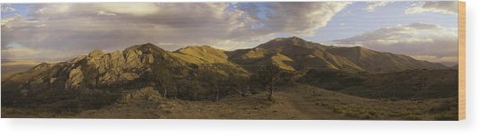 Ruby Mountain Panorama Wood Print