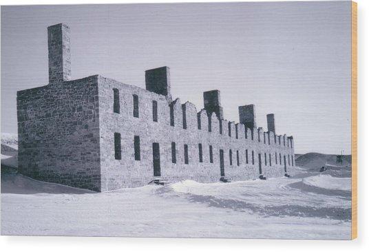 Ruins In Winter Wood Print by David Fiske