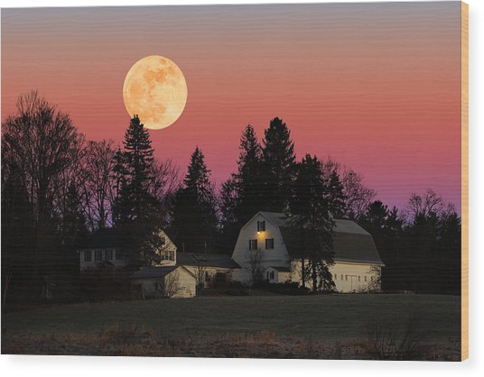 Rural Moonrise Wood Print