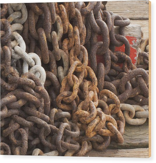 Rust Chains Wood Print