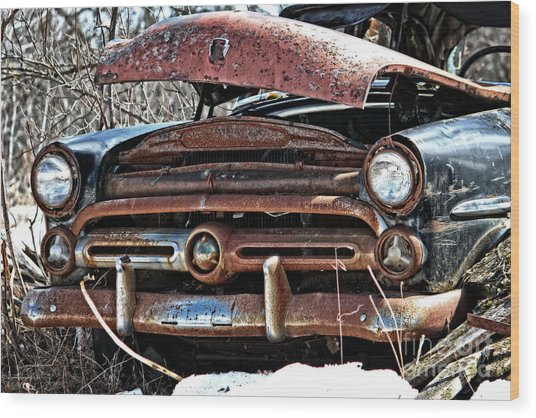 Rusty Old Car Wood Print