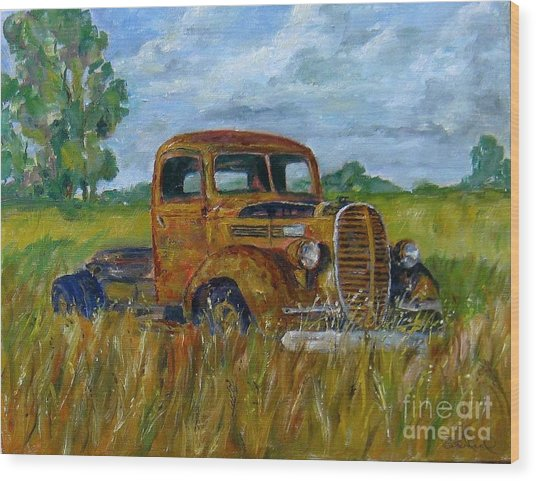 Rusty Old Truck Wood Print