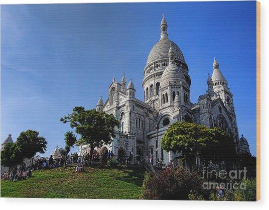 Sacre Coeur On Butte Montmartre Wood Print