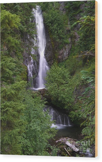Sahale Falls In Oregon Wood Print by Jackie Follett
