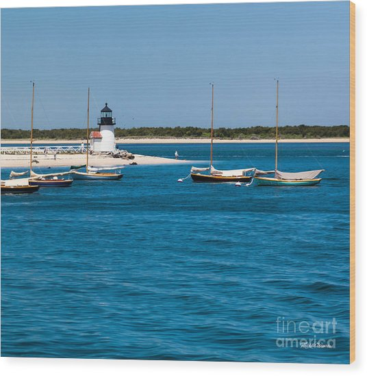 Sailboats And Brant Point Lighthouse Nantucket Wood Print