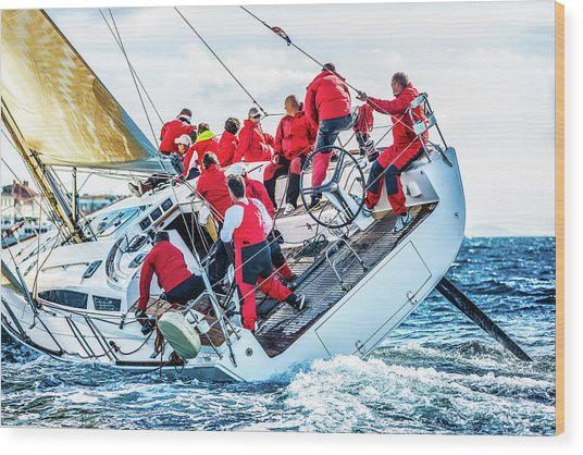 Sailing Crew On Sailboat During Regatta Wood Print