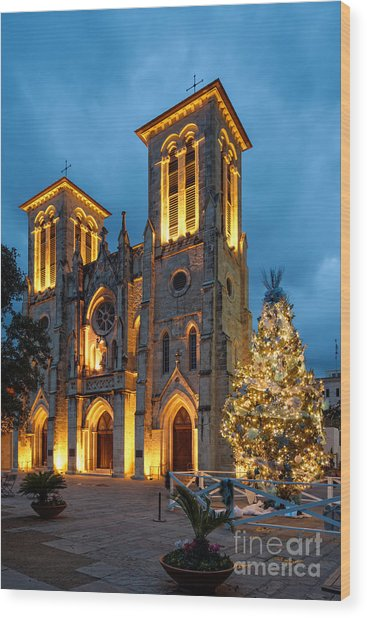 San Fernando Cathedral And Christmas Tree Main Plaza - San Antonio Texas Wood Print