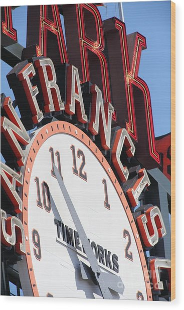 San Francisco Giants Baseball Scoreboard And Clock 5d28235